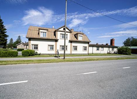 The old municipal building in Kyyjärvi was sold in the spring.  The premises will be Kyyjärvi Road House.