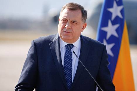 Milorad Dodik reacted to the law enacted by Inzko by reiterating that no genocide had taken place.