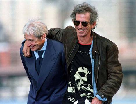Charlie Watts and Keith Richards in 1997.