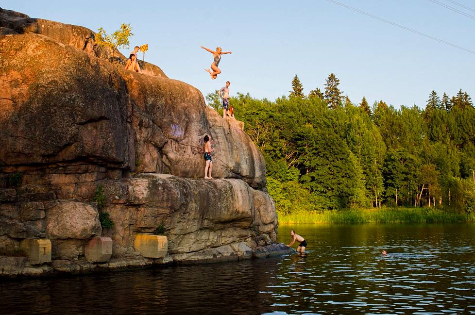 Jumping is scary if you do something you haven't done before, Lukas Heiman says.
