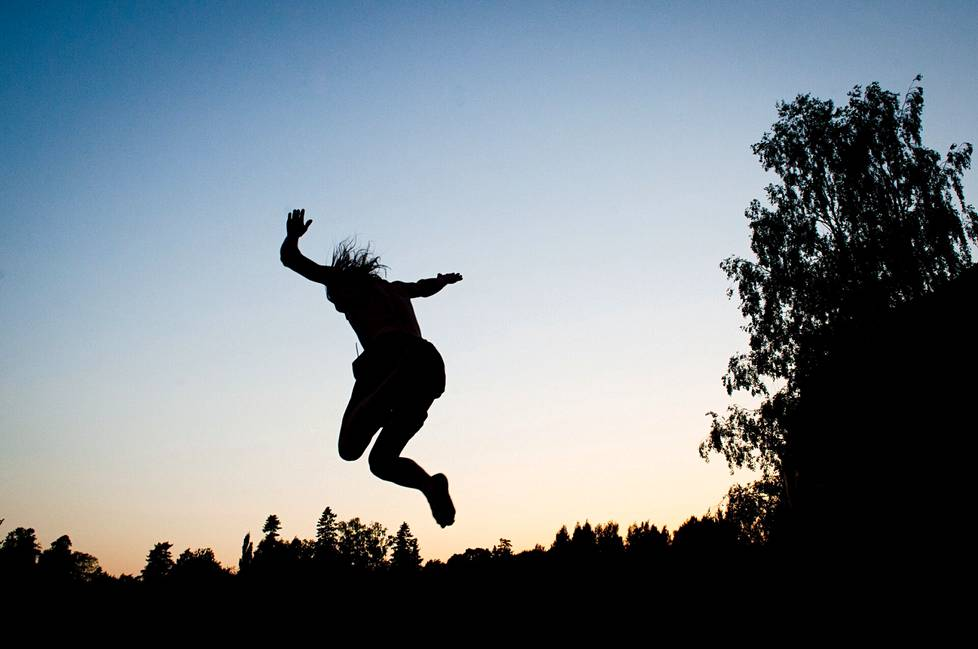 The sun begins to set, but the jumping continues.