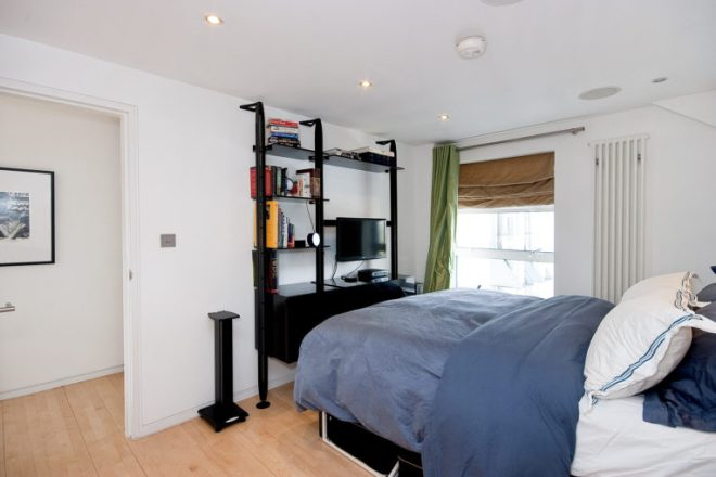 Amazing 2 Bedroom Apartment in The Paramount Building St John Street, EC1