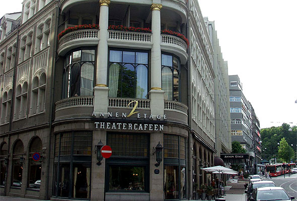 Hotel Continental i Oslo, her ved Theatercafeen. Fotograf: J.P. Fagerback/Wikimedia Commons