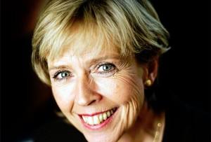 Helse- og omsorgsminister Anne-Grete Strøm-Erichsen (Ap). Fotograf: Torgeir Haugaard, Forsvarets mediesenter