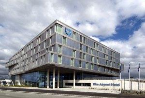 Rica Airport Hotel åpnet i august 2010. Hotellet har en unik beliggenhet, kun få meter fra ankomsthallen til Stavanger lufthavn, Sola.