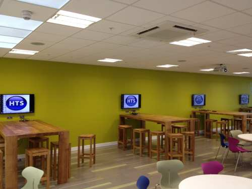 Huddle spaces equipped with displays