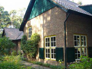 3-Holmshof-