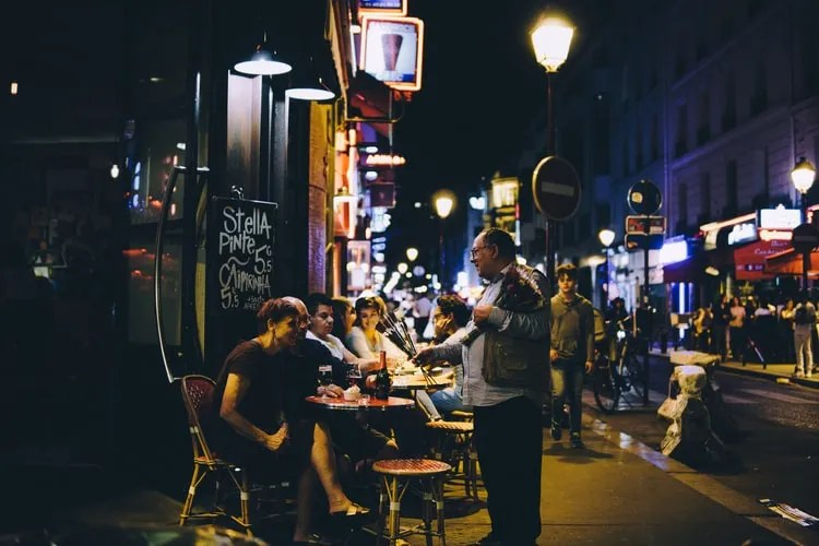 Simple Tips to Attract More Tourists to Your Local Restaurant