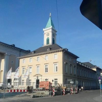 Karlsruhe - Evangelische Kirche inmitten der Baustelle