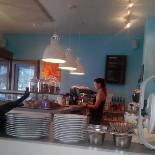 Juli Cafe