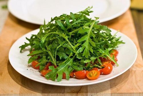 Resultado de imagem para salada de rúcula rokita