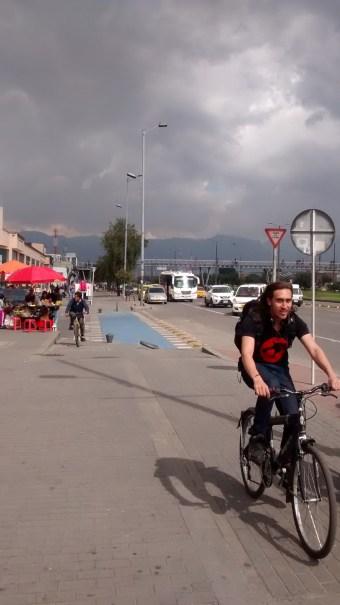 Carril bici en la Avenida de las Américas