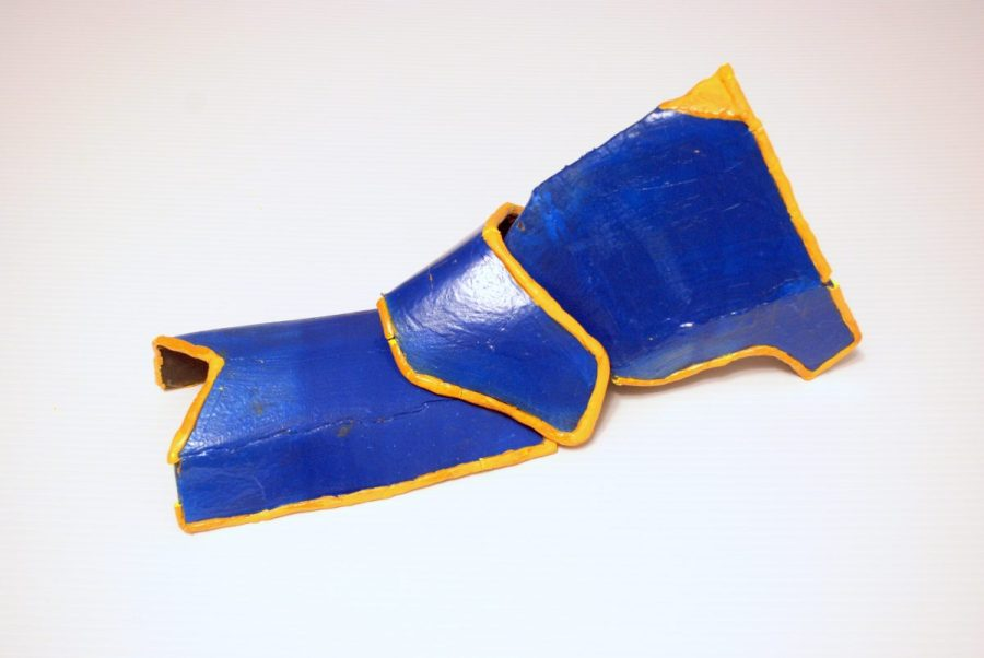 ike knee armor front side