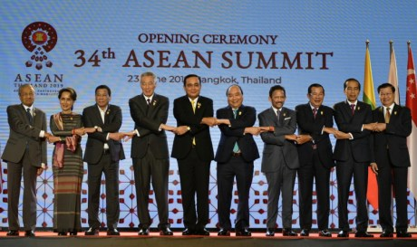 ASEAN leaders agreed to work together on regional economy and security