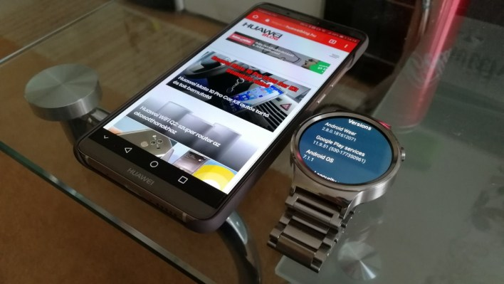 Android Wear 2.8 a Huawei Watch-okra