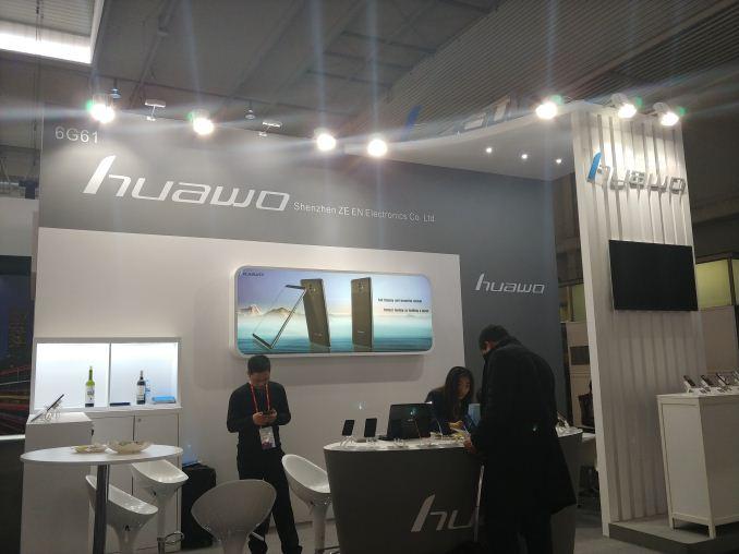 Itt az újabb Huawei Mate 10 Pro klón telefon