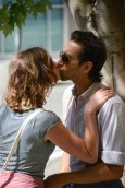En France, tout le monde embrasse tout le temps.