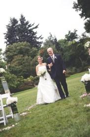 VanDeusen Botanical Garden wedding photographer angela hubbard photography