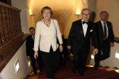 2010: Jubilar Hubert Burda empfängt Bundeskanzlerin Angela Merkel in der Münchner Residenz