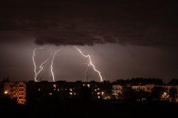 Burza nad Gnieznem - osiedle przy ulicy Elizy Orzeszkowej