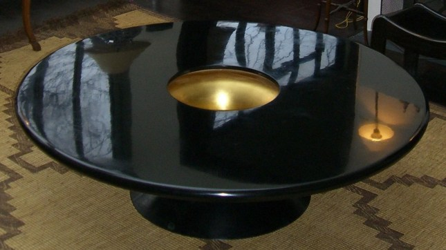 Table Caroline