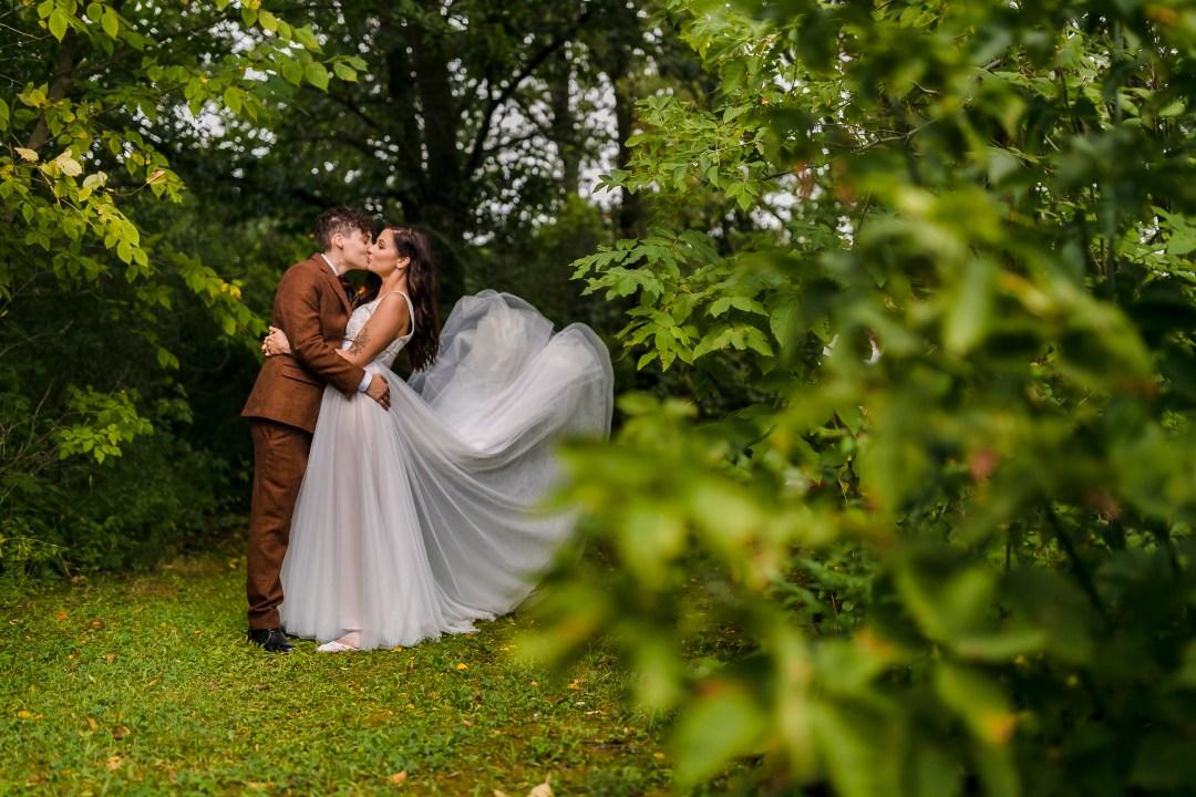 Chicago Suburbs Wedding Photographer-36-7