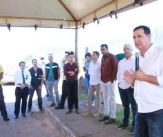 Águas Lindas entrega novos uniformes aos agentes da SMT