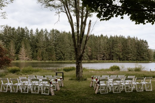 2018-06-22_alicia-erin_wedding_spruce lake farm_paige nelson photography_hr-165