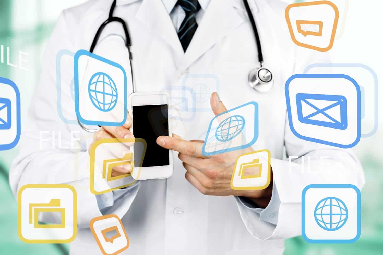 Per App mit dem Arzt verbunden 1