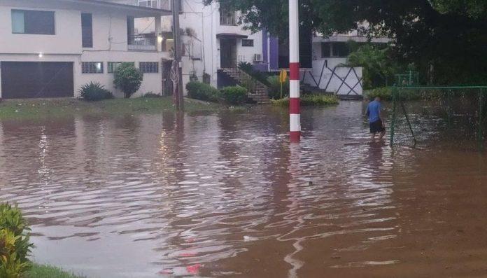 Fuertes lluvias en La Habana
