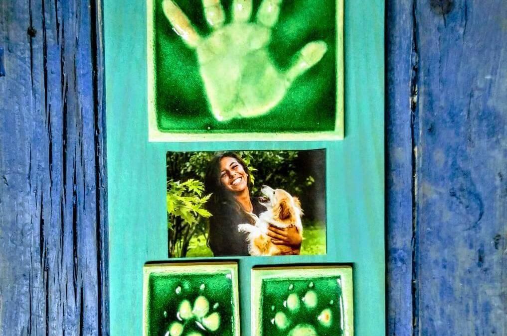 Las huellas de tu perro y tu huella, una composición original