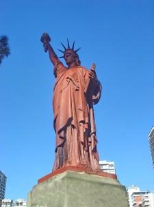 Eseatua de la Libertad en las Barrancas de Belgrano