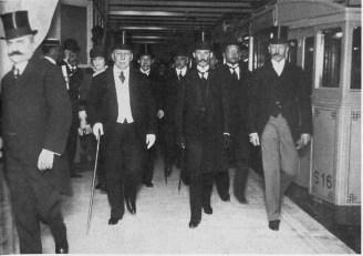 Ingreso del Presidente de la Nación a la inauguración del subterráneo en 1913.
