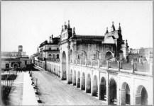 Se puede observar la continuación de la calle Reconquista.