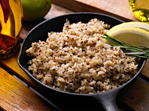 You are currently viewing Pilaf de Quinoa aux asperges