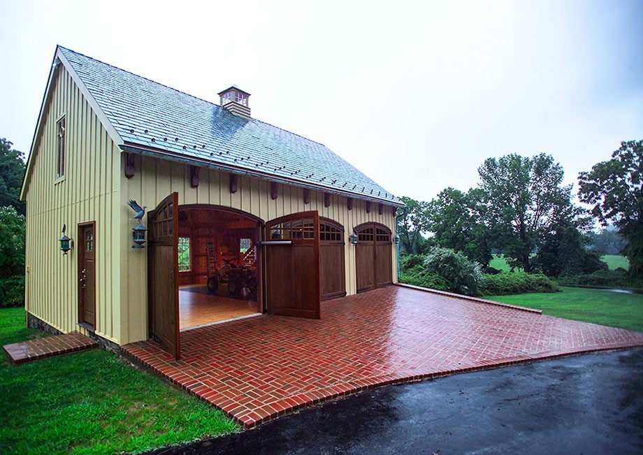 Carriage house for Carriage house barn