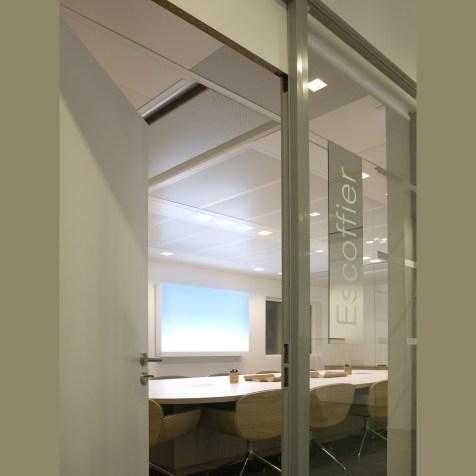 meeting-room-france