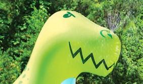 arroseur dinosaure géant angry intensifies