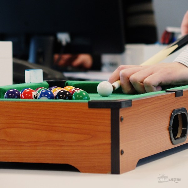 billard-miniature-de-table-americain