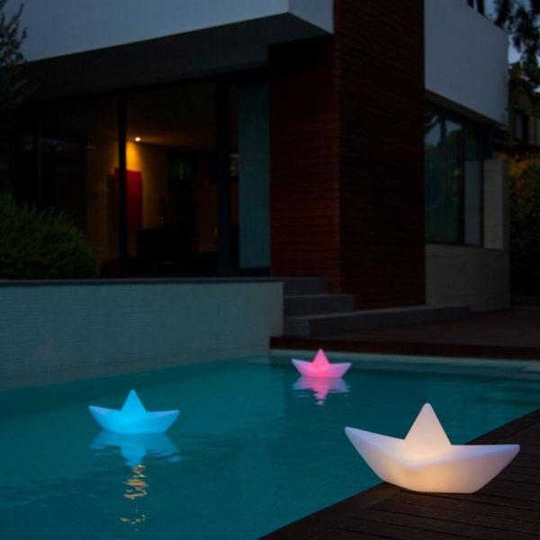 lampe-bateau-lumineux-piscine