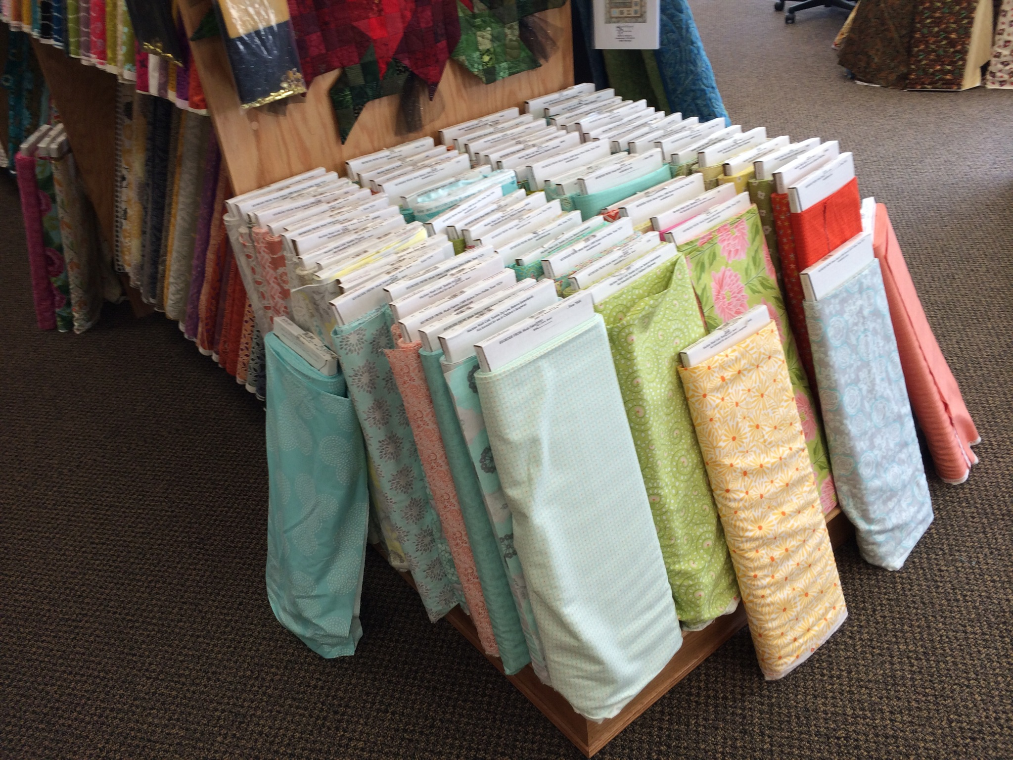 A Local Quilt Shop Trip - Quilters Quest in Woodridge, IL