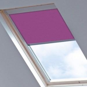 Dakraamgordijn voor Fakro FTS 17 (134x140), Dark Pink, Verduisterend - Speciale kleur