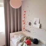 Meisjeskamer slaapkamer bed lamp