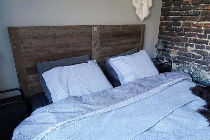 houten hoofdbord slaapkamer