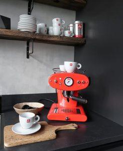 koffiezetapparaat rood