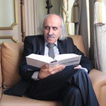Yazar Prof. Dr. Mehmet Emin Artuk