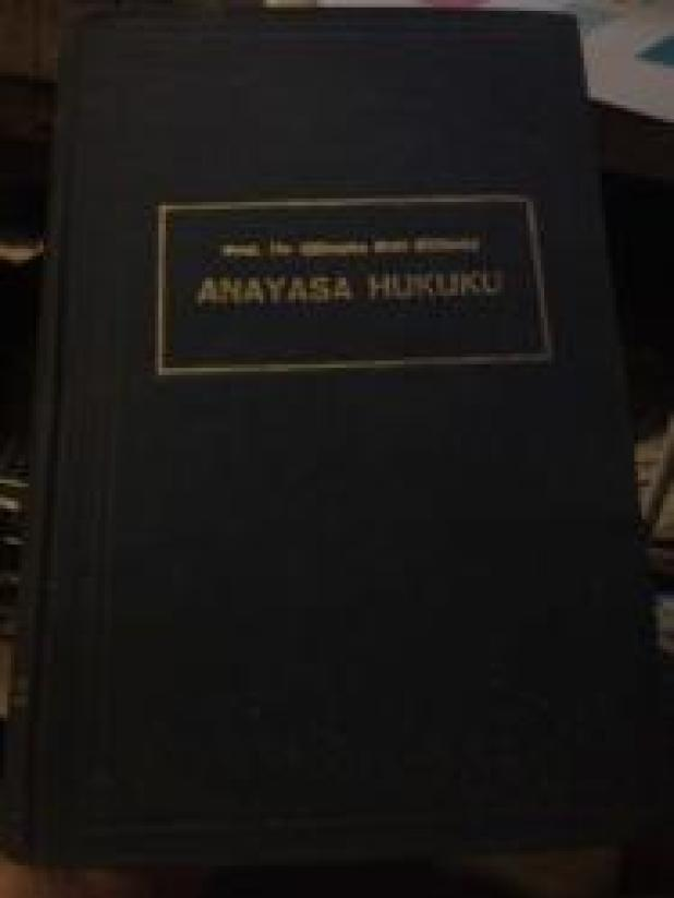 Anayasa Hukuku Dersleri (Genel Esaslarıve Siyasi Rejimler), HÜSEYİN NAİL KUBALI