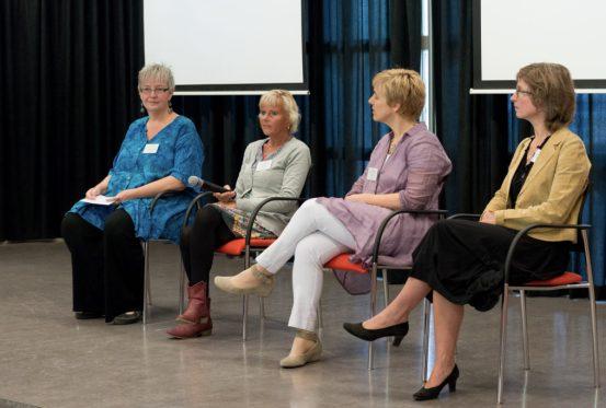 forum met Ada Kempe, Sonja Leferink. Thérése Bravenboer en Ivonne Meeuwsen