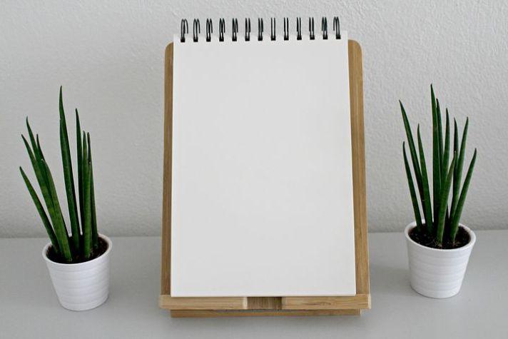 notebook-2465914__480
