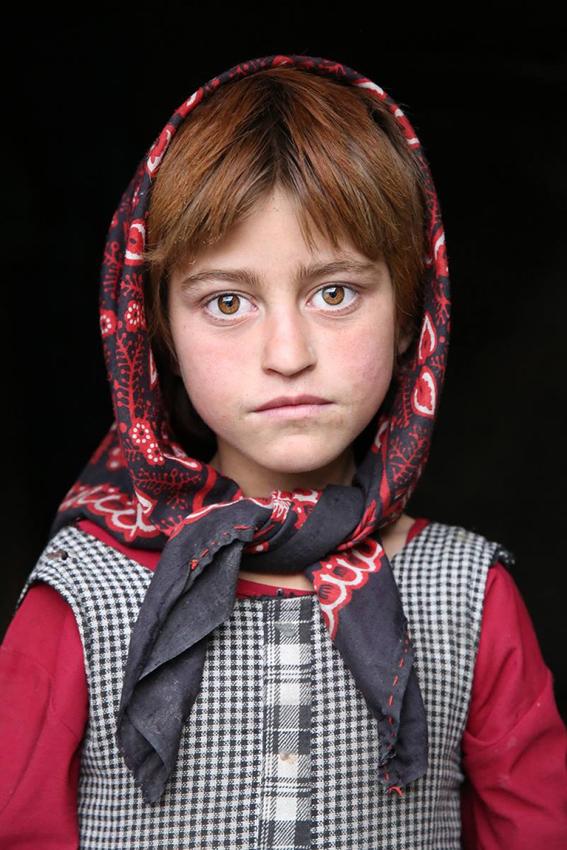 """Афганская девочка - проект """"Мир в лицах"""""""
